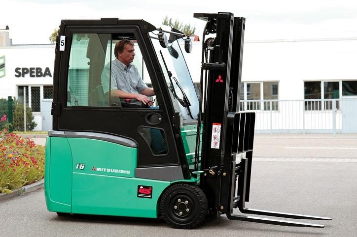 Sản phẩm mớiXe nâng hàng bằng điện Mitsubishi ngồi lái 3 bánh đẳng cấp