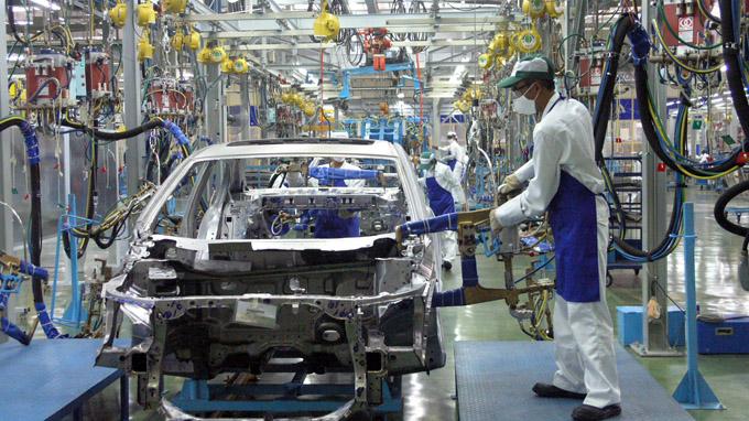 ( Ngành công nghiệp ô-tô cũng đã đóng góp nguồn thu đáng kể cho ngân sách nhà nước)