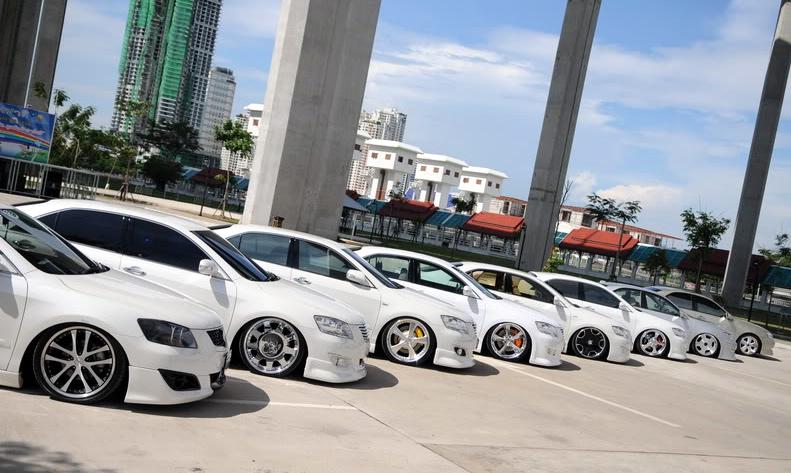 ( Xe ô tô Thái Lan)